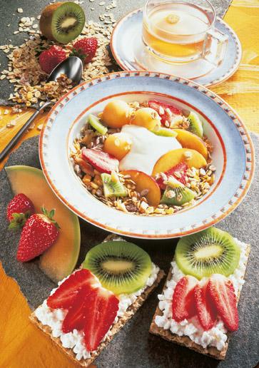 Müsli-Rezept: Vitamin-Müsli mit fruchtigen Broten (Vegetarier geeignet) - Foto: Wirths PR